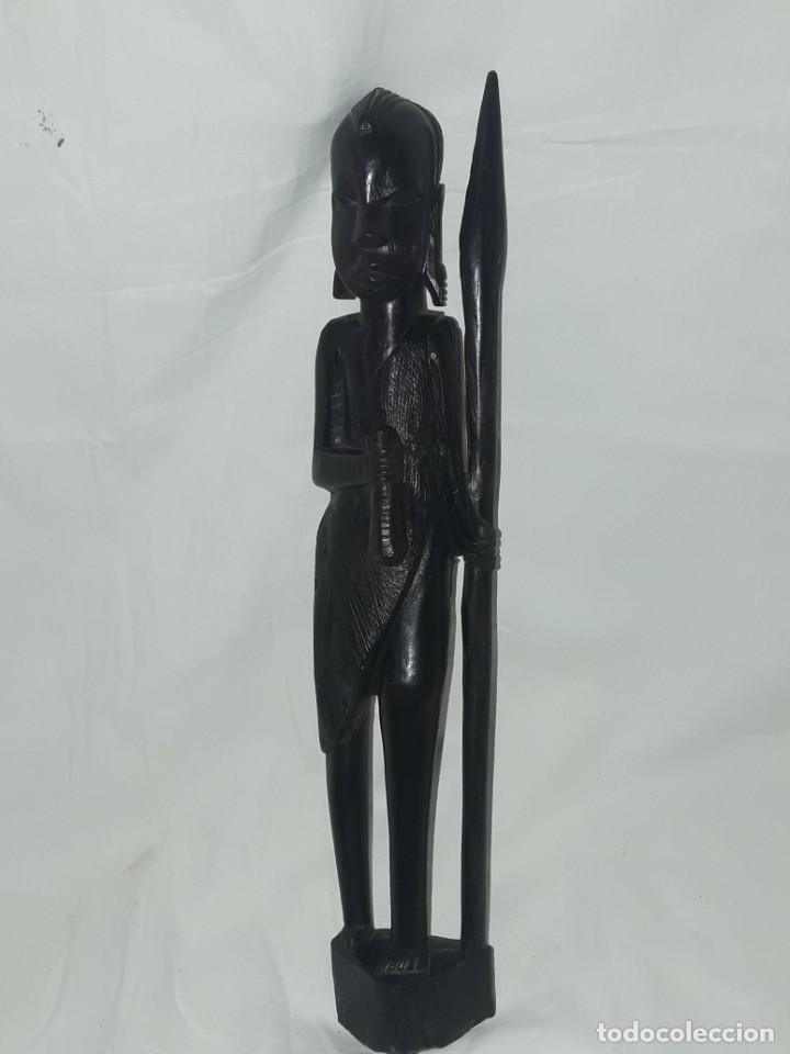 Arte: Bella figura talla de madera Africana madera de ébano cazador Tanzania 37cm - Foto 5 - 283398303