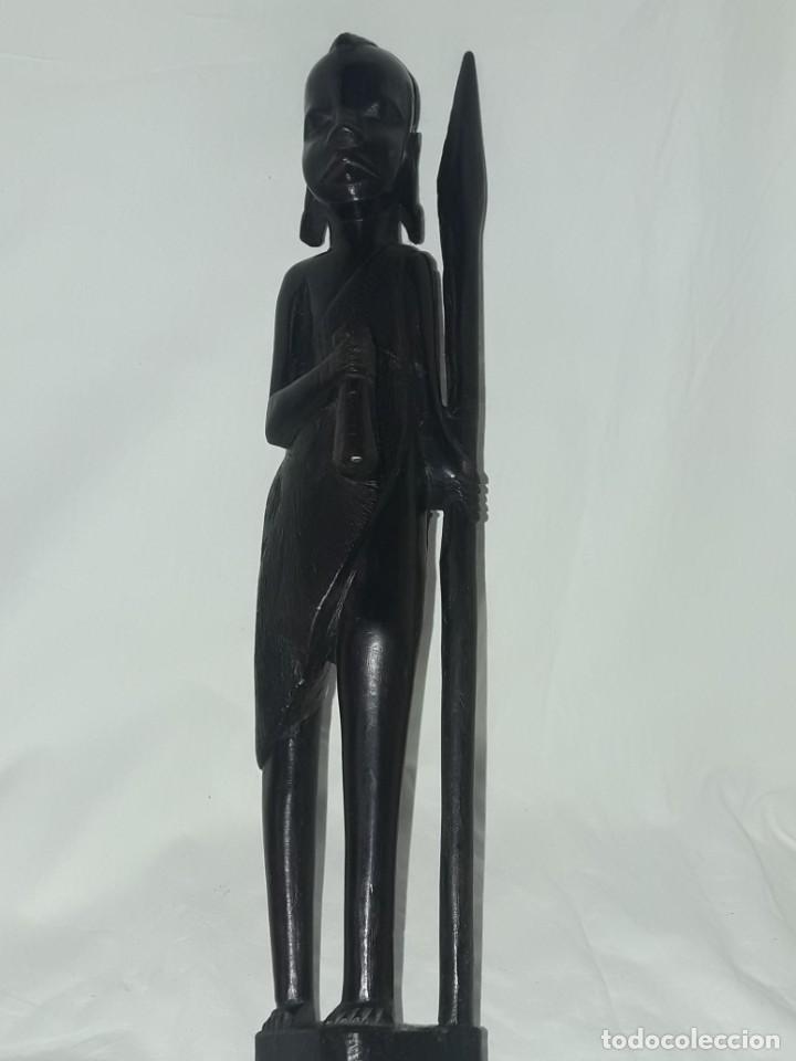 Arte: Bella figura talla de madera Africana madera de ébano cazador Tanzania 37cm - Foto 10 - 283398303
