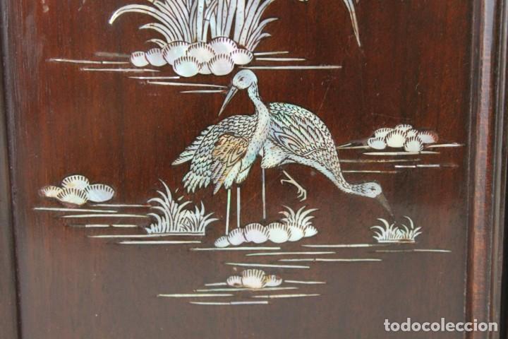 Arte: Pareja de paneles en madera con paisajes en nácar tallado. Mediados siglo XX - Foto 3 - 289250128