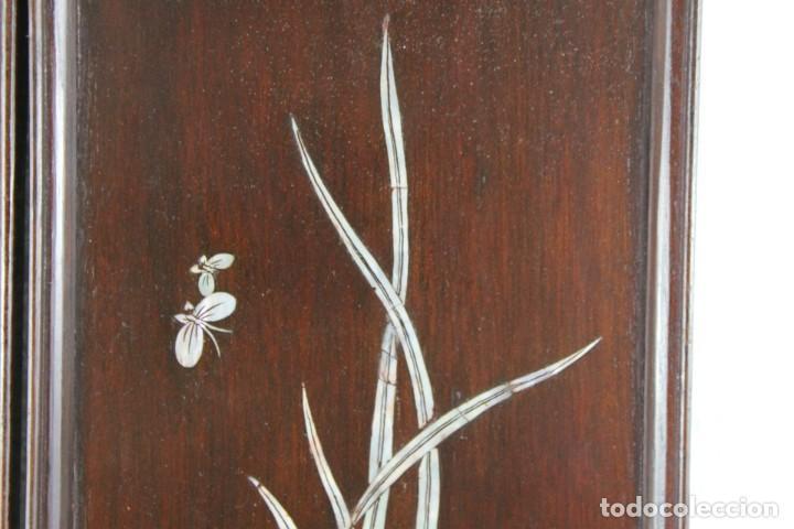 Arte: Pareja de paneles en madera con paisajes en nácar tallado. Mediados siglo XX - Foto 8 - 289250128