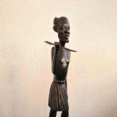 Arte: FIGURA DE GUERRERO AFRICANO - MADERA DE ÉBANO. Lote 294932808