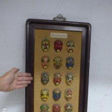Arte: ANTIGUA COLECCION DE 15 MASCARA ORIENTAL CHINA DE OPERA TEATRO, EN EXPOSITOR.. Lote 295840788