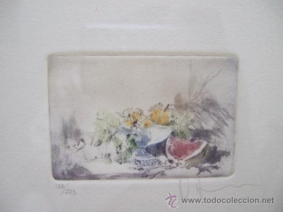 GRABADO PEQUEÑO BODEGON CON SANDIA - FIRMADO Y NUMERADO 135/225 - ENMARCADO 27X33 (Arte - Grabados - Contemporáneos siglo XX)