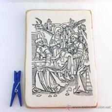 Arte: GRABADO ANTIGUO DESCENDIMIENTO DE LA CRUZ IMPRESO SOBRE BALDOSA DE BARRO 20X14CM.. Lote 34554316