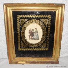 Arte: ANTIGUO GRABADO. S.XIX. PERSONAJES VESTIDOS DE ÉPOCA. MARCO DE MADERA, ESTUCO Y PAN DE ORO.. Lote 53447998