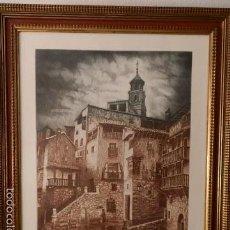 Arte: ALBARRACIN,TERUEL.PLAZA MAYOR. AGUAFUERTE.VICENTE ARMIÑANA CATALA 1975,BUEN MARCO,HUELLA 65X50. Lote 57982587
