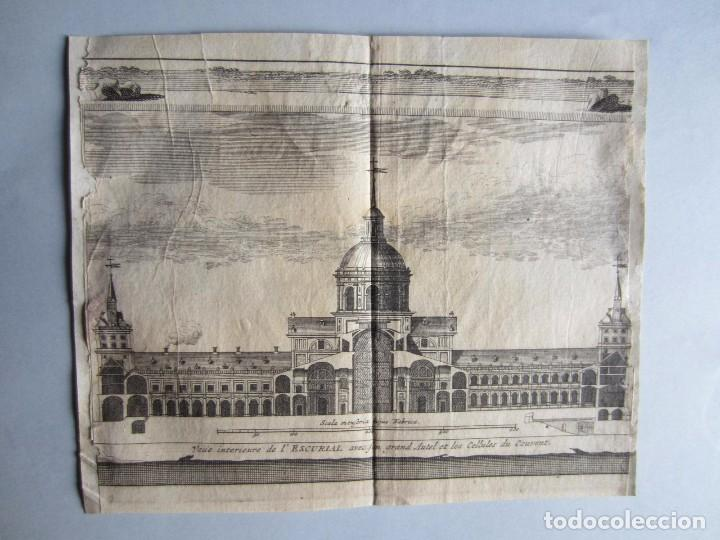 1707-VISTA DEL MONASTERIO ESCORIAL MADRID.DELICES ESPAÑA.GRABADO ORIGINAL JUAN ALVAREZ COLMENAR (Arte - Grabados - Antiguos hasta el siglo XVIII)