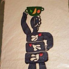 Arte: JUAN GARCÍA RIPOLLÉS (ALZIRA,VALENCIA ,1932) MUJER CON CÁNTARO, GRABADO COLOREADO Y PIEDRAS MURANO.. Lote 98821031
