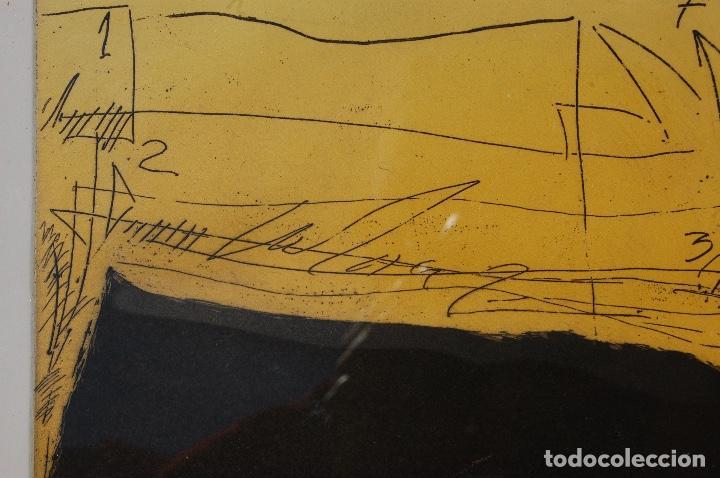 Arte: Nuño Ruiz. Autor de Málaga. Grabado al aguatinta de 18x23,5 enmarcado en 36x41. Año 1982,PE - Foto 5 - 107972487