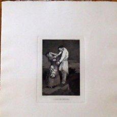 Arte: FRANCISCO DE GOYA. GRABADO AGUAFUERTE. A CAZA DE DIENTES. LOS CAPRICHOS. MIGUEL SEGUÍ EDITOR. S. XX.. Lote 133897354