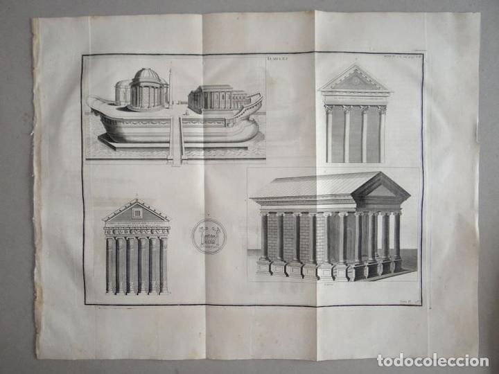 DISTINTOS TIPOS DE ANTIGOS TEMPLOS CLÁSICOS, HACIA 1722. B. MONTFAUCON (Arte - Grabados - Antiguos hasta el siglo XVIII)