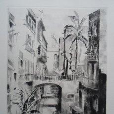 Arte: JOAN SERRA I MELGOSA (LÉRIDA, 1899-BARCELONA 1970) CALLE CARABASSA GRABADO 1957 DE 18X25 PAPEL 24X34. Lote 143818406