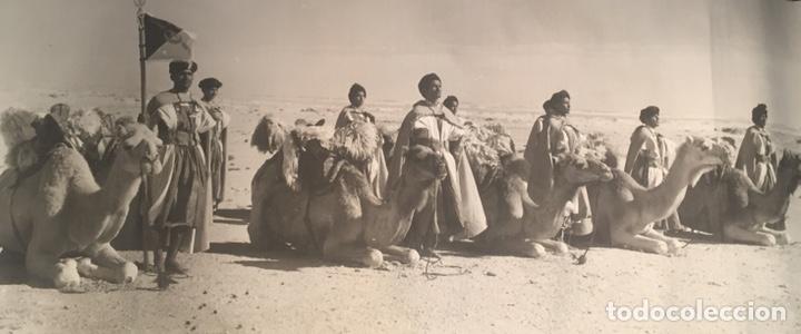 GRABADO O FOTOGRAFÍA IMPRESA SOBRE TELA DEL SAHARA (Arte - Grabados - Contemporáneos siglo XX)