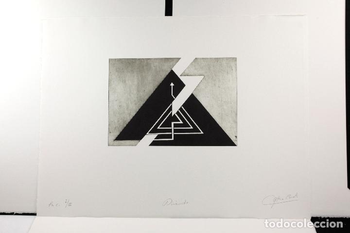 Arte: Homenatge a Joan Brossa, Glòria Canals, carpeta con 5 grabados. 68x51,5cm - Foto 10 - 206877825