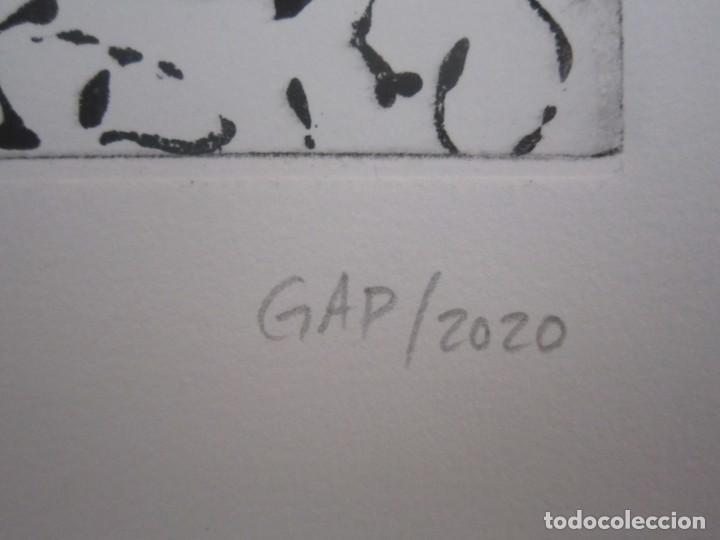 Arte: Multitud - Grabado de GAP (Guillermo Antón Pardo) - 39x49,5cm - Aguatinta al azúcar coloreada a mano - Foto 8 - 194228343