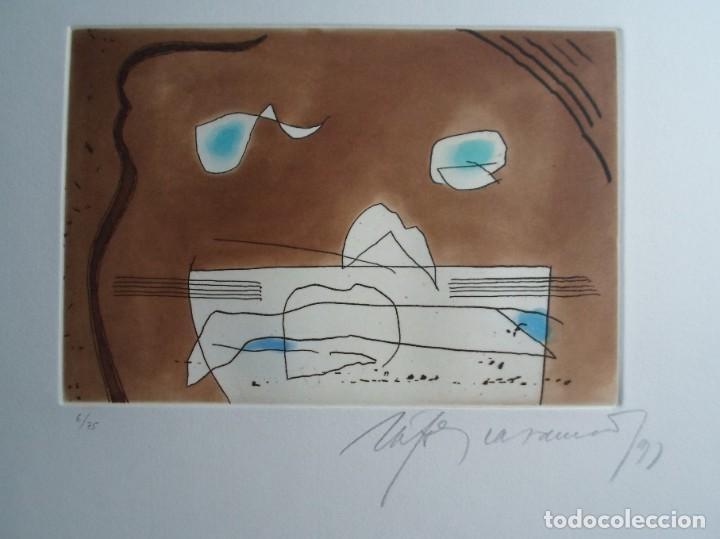 Arte: Rafols Casamada (Barcelona, 1923-2009) grabado 1993 de 19x15cms en papel de 38x28, firmado y 6/75 - Foto 2 - 194989503