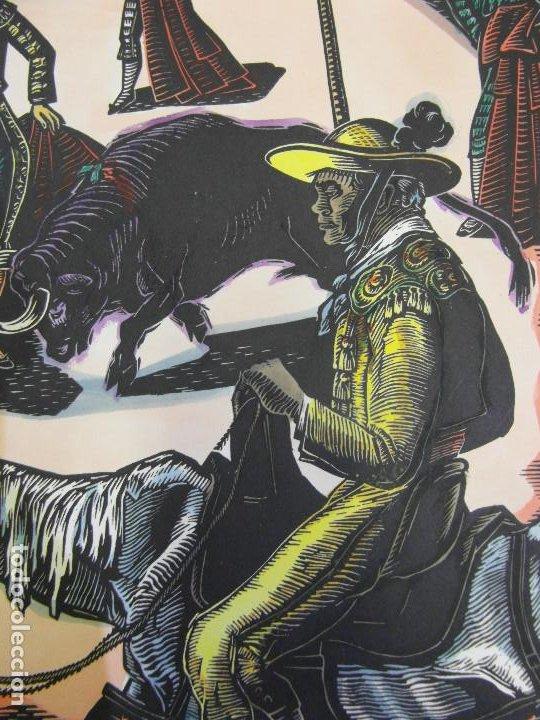Arte: *Josep Gumí Cardona* Xilografía *Corrida de toros* Meds. papel: 35x70 cms. Sin numerar. Fechado 56. - Foto 6 - 195202360
