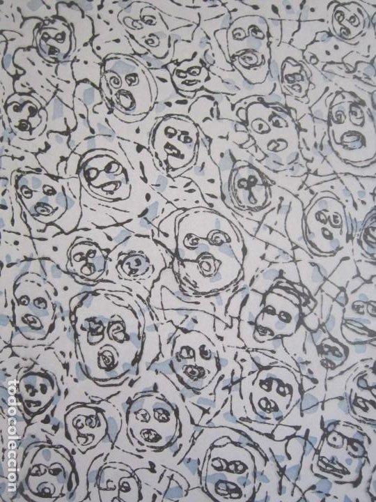 MULTITUDE - INTERESANTE GRABADO DE GAP (GUILLERMO ANTÓN) CON INSPIRACIÓN EN ANTONIO SAURA (Arte - Grabados - Contemporáneos siglo XX)
