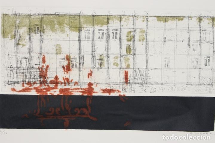 Arte: Elena Jiménez (Alicante1965). Grabado y collage de 75,8x56 papel y huella 49,5x28. Ejem. 30/40. - Foto 5 - 201666207