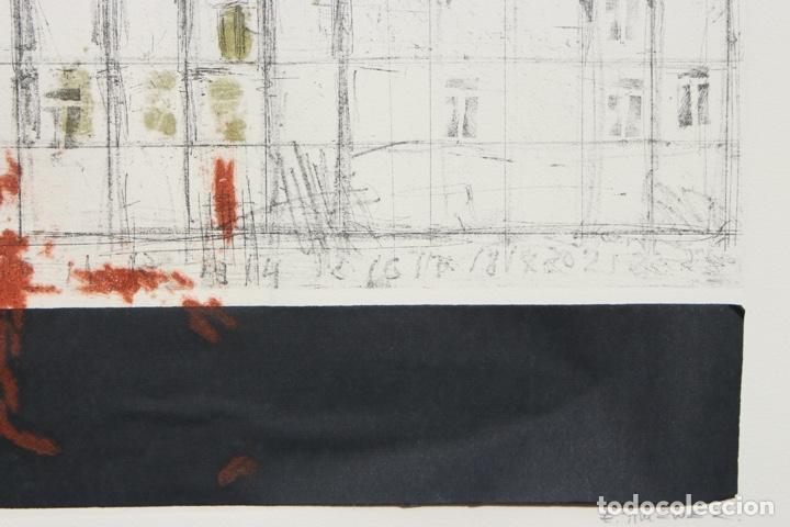 Arte: Elena Jiménez (Alicante1965). Grabado y collage de 75,8x56 papel y huella 49,5x28. Ejem. 30/40. - Foto 8 - 201666207