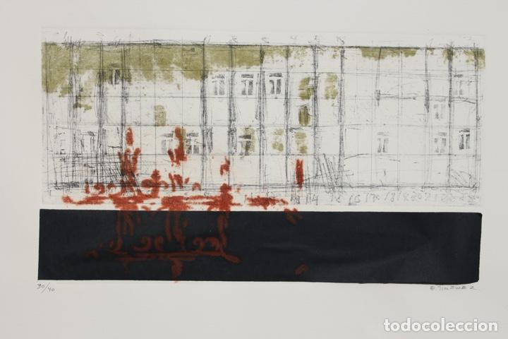 Arte: Elena Jiménez (Alicante1965). Grabado y collage de 75,8x56 papel y huella 49,5x28. Ejem. 30/40. - Foto 14 - 201666207