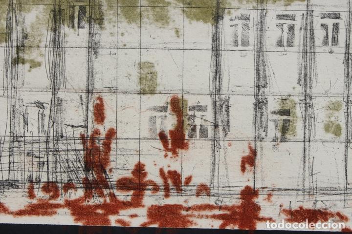 Arte: Elena Jiménez (Alicante1965). Grabado y collage de 75,8x56 papel y huella 49,5x28. Ejem. 30/40. - Foto 15 - 201666207