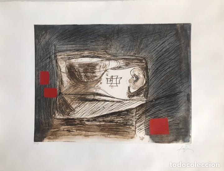 GRABADO DE ANTONI TÀPIES - NUMERADO Y FIRMADO A LÁPIZ (Arte - Grabados - Contemporáneos siglo XX)