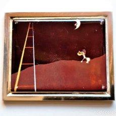 Arte: 1926 JOAN MIRO - PLACA DE PLATA CHAPADA CON PINTURA METAL A COLOR - PERRO LADRANDO A -7X6.CM - 96.GR. Lote 209838451
