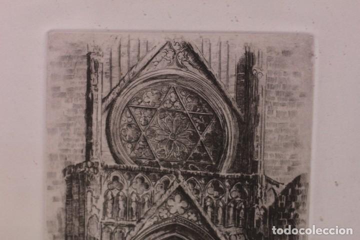 Arte: Grabado de V. Blanco. Catedral de Valencia. Firmado y numerado. 4/100. Enmarcado. 60x46cm - Foto 7 - 218790660