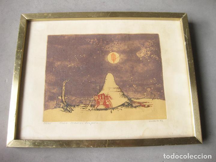 Arte: GRABADO O AGUAFUERTE DEL ARETISTA ANTONIO LORENZO CARRIÓN. PAISAJE LUNAR CON NAVE ESPACIAL. 1973 - Foto 2 - 241491675