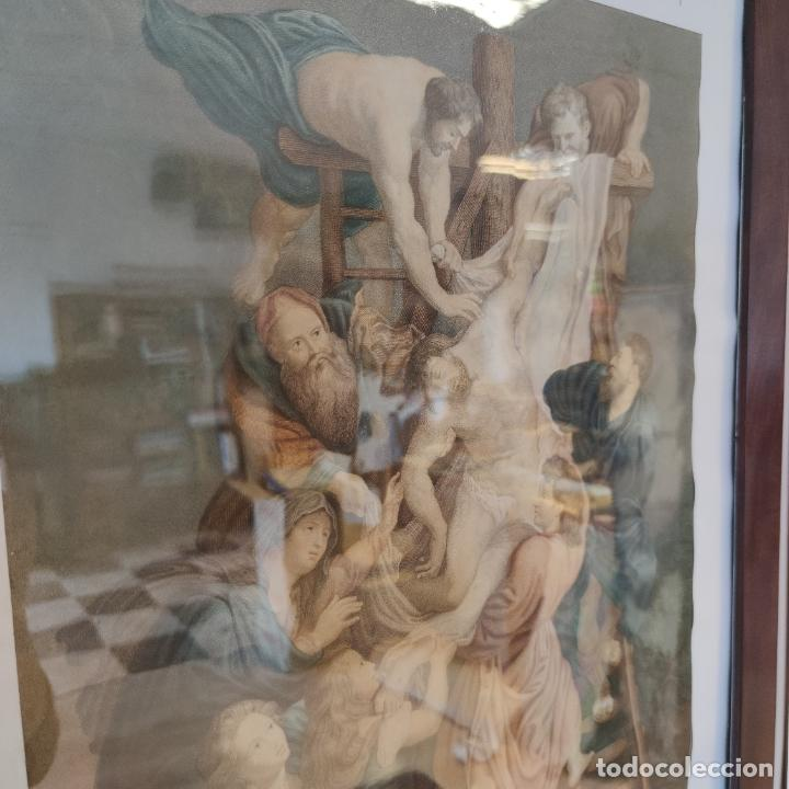 Arte: Tremendo grabado a color. Descenso de la cruz. Jean Pierre Thouvenin. 1818. Firmado en plancha. - Foto 3 - 252678510