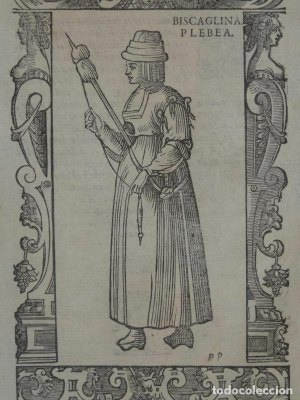 Arte: Xilografía de mujer plebeya de Vizcaya (España), 1590. Vecellio/Krieger/Zenaro - Foto 3 - 261590820