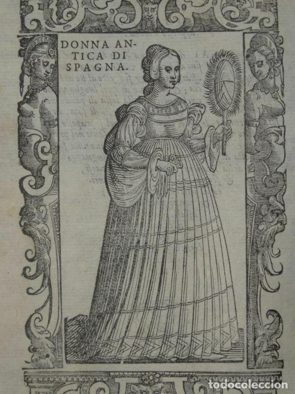 Arte: Xilografía de antigua mujer de España, 1590. Vecellio/Krieger/Zenaro - Foto 3 - 261616975