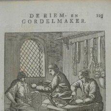 Arte: FABRICANTES DE CINTURONES DE CUERO, 1736. LUYKEN. Lote 295438913