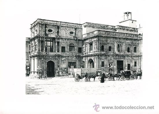 LAMINA EN HUECOGRABADO 25X32 FOT.HAUSER Y MENET SEVILLA PALACIO DEL AYUNTAMIENTO (Arte - Huecograbado)