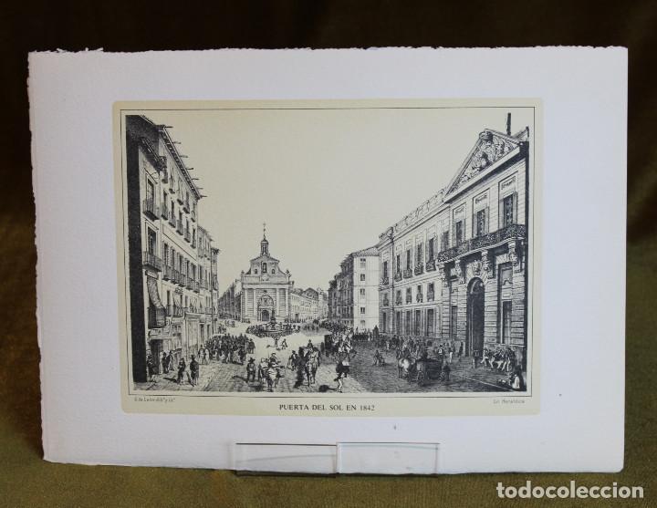 LÁMINA DE MADRID,PUERTA DEL SOL EN 1842,HUECOGRABADO,35 X 25 CM. (Arte - Huecograbado)