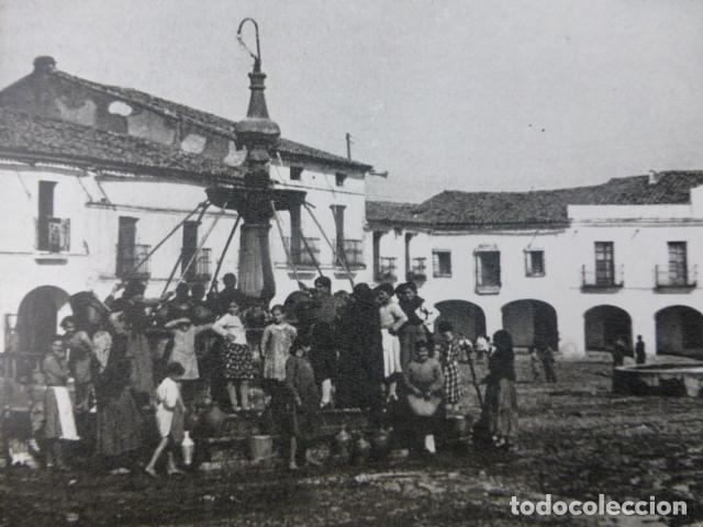 HERRERA DEL DUQUE BADAJOZ PLAZA ANTIGUO HUECOGRABADO AÑOS 40 (Arte - Huecograbado)