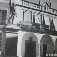 Art: VILLANUEVA DE LA SERENA BADAJOZ AYUNTAMIENTO ANTIGUO HUECOGRABADO AÑOS 40. Lote 201265338