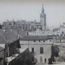 Arte: SEVILLA VISTA DESDE EL ALCAZAR HELIOGRABADO 1928 G. BOUAN , VICENT FREAL ET CIE. PARIS. Lote 201309221