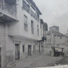 Arte: SANTILLANA DEL MAR CANTABRIA CALLE HELIOGRABADO 1928 G. BOUAN , VICENT FREAL ET CIE. PARIS. Lote 201312280