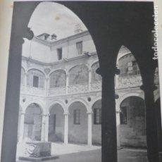 Arte: LEON PATIO DEL PALACIO DE LOS GUZMANES HELIOGRABADO 1928 G. BOUAN VICENT FREAL ET CIE. PARIS. Lote 201312878
