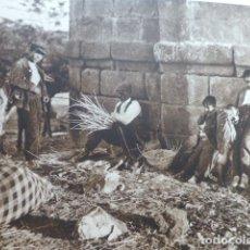 Arte: MADRID EN EL PUENTE DE TOLEDO ANTIGUO HUECOGRABADO 1928. Lote 275566063
