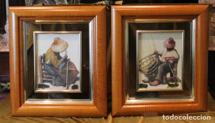 GRABADOS EN RELIEVE VITRIFICADOS, PAREJA DE ARTESANOS, 41 X 47 CM, (Arte - Huecograbado)