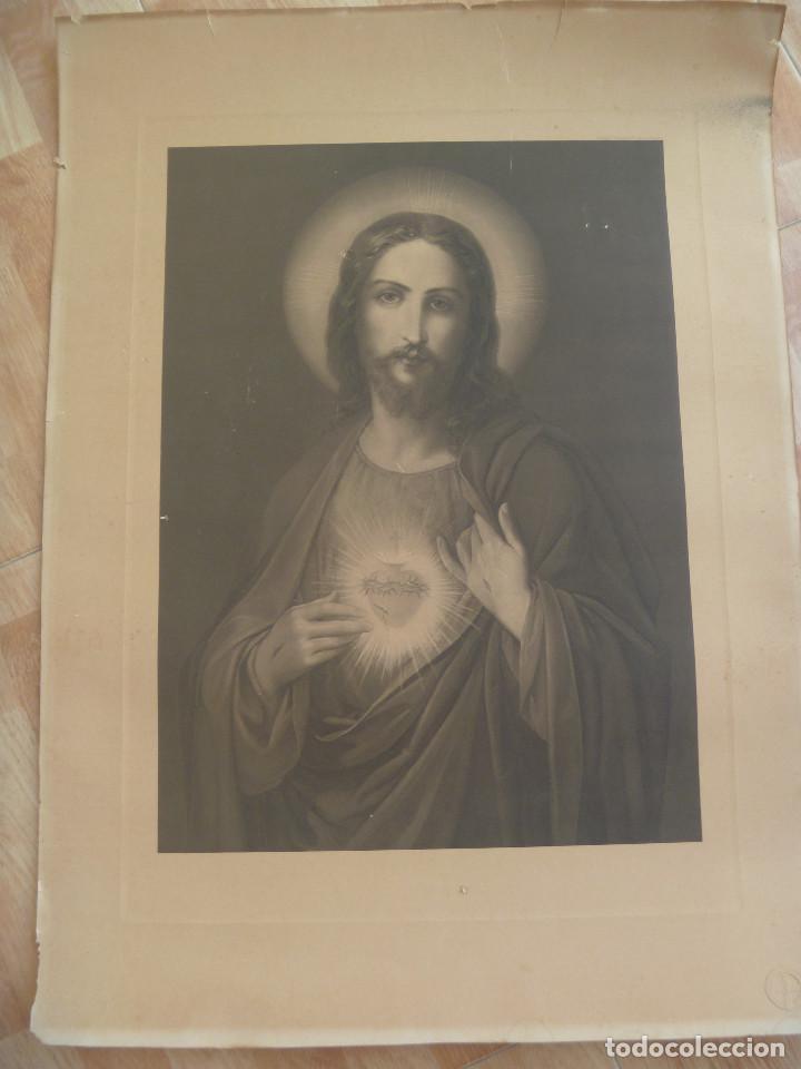 ESPECTACULAR Y ANTIGUA LÁMINA DEL SAGRADO CORAZON DE JESUS , BILBAO-DEUSTO.. 55 X 75 CM (Arte - Láminas Antiguas)