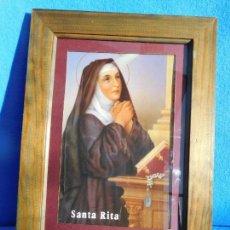 Arte: IMAGEN DE SANTA RITA, MARCO DE MADERA DE 36 X 27CM. CON CRISTAL, PASPARTÚ, TRASERA DE MADERA.. Lote 150839194