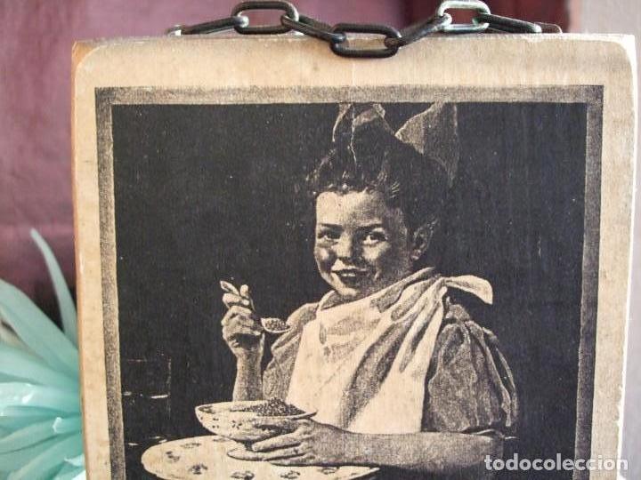 Arte: TABLA, CARTEL DE MADERA CON LITOGRAFÍA. PUBLICIDAD ANTIGUA. GRAPE NUTS. CUADRO, MARCO - Foto 5 - 153752702