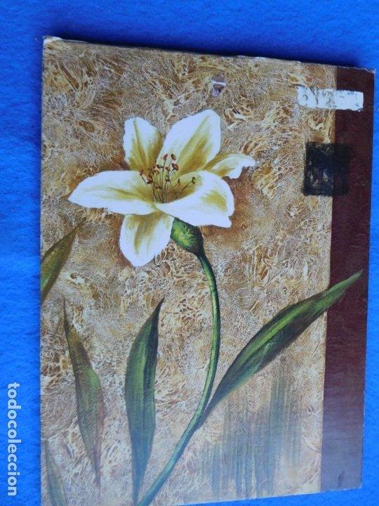 COMPOSICIÓN FLORAL EN TABLA. MARCO DE MADERA 18 X 25 CM (Arte - Láminas Antiguas)