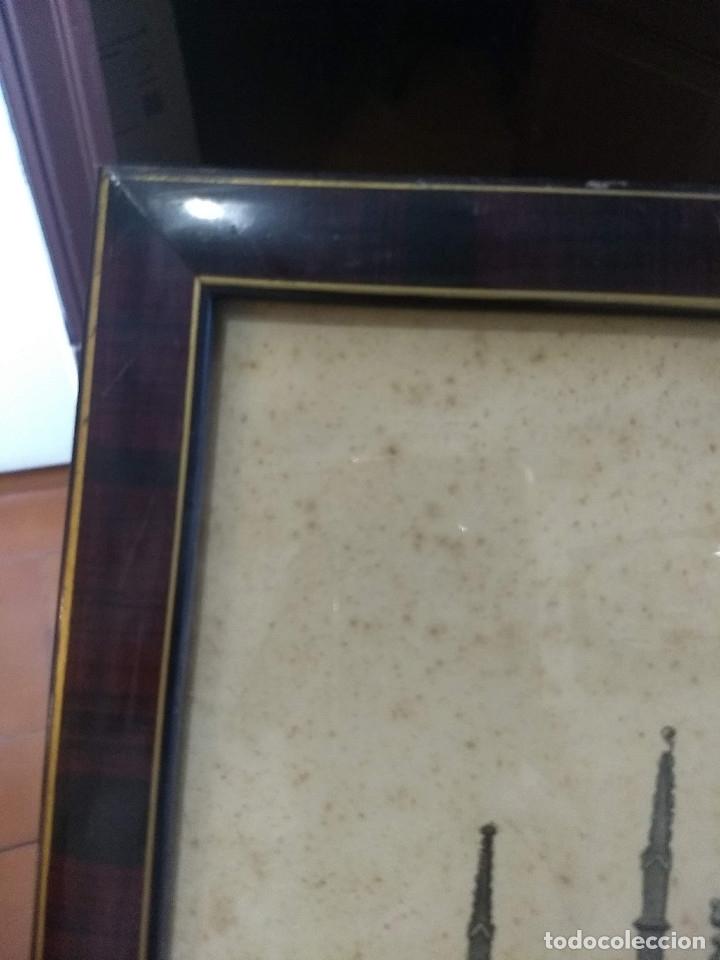 Arte: Antiguo marco de madera con ribetes dorados y lámina: Imagen del Sto. Cristo de la Galera - Foto 4 - 172717997