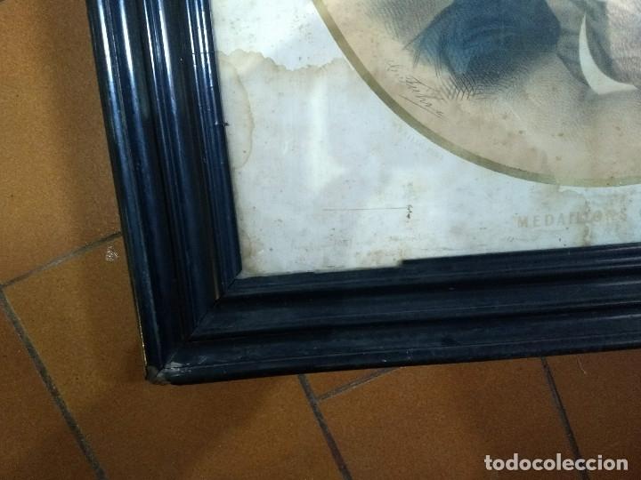 Arte: Pareja de marcos de madera antiguos con bonitas láminas San José con el Niño y La Inmaculada - Foto 28 - 172790103