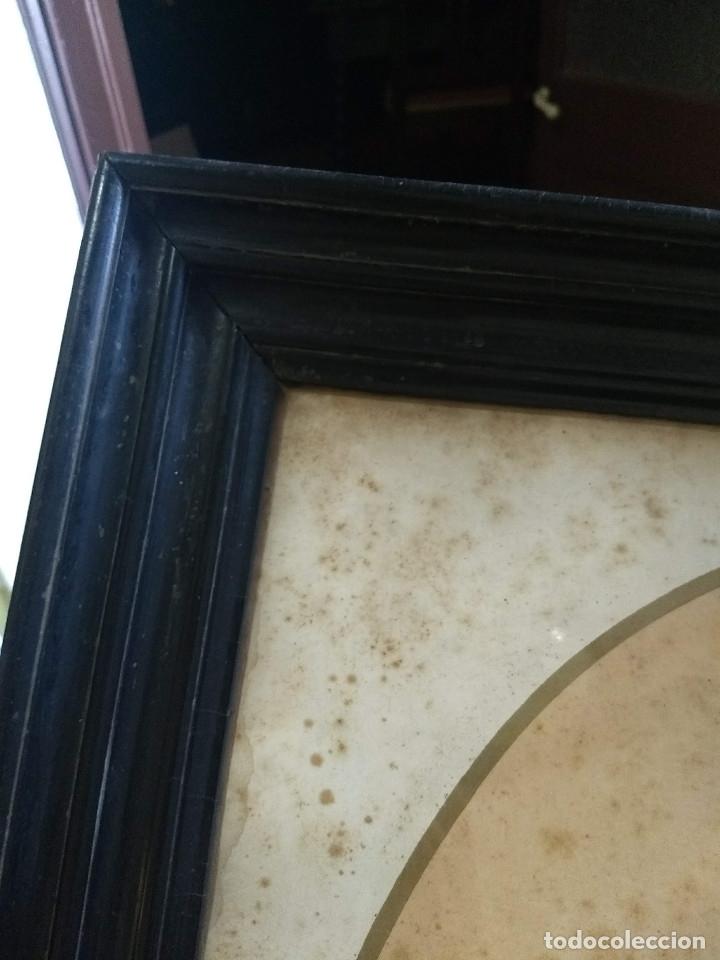 Arte: Pareja de marcos de madera antiguos con bonitas láminas San José con el Niño y La Inmaculada - Foto 30 - 172790103